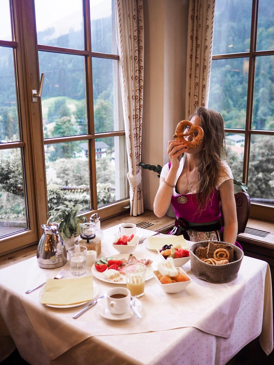 Frühstück im Berghotel Rehlegg