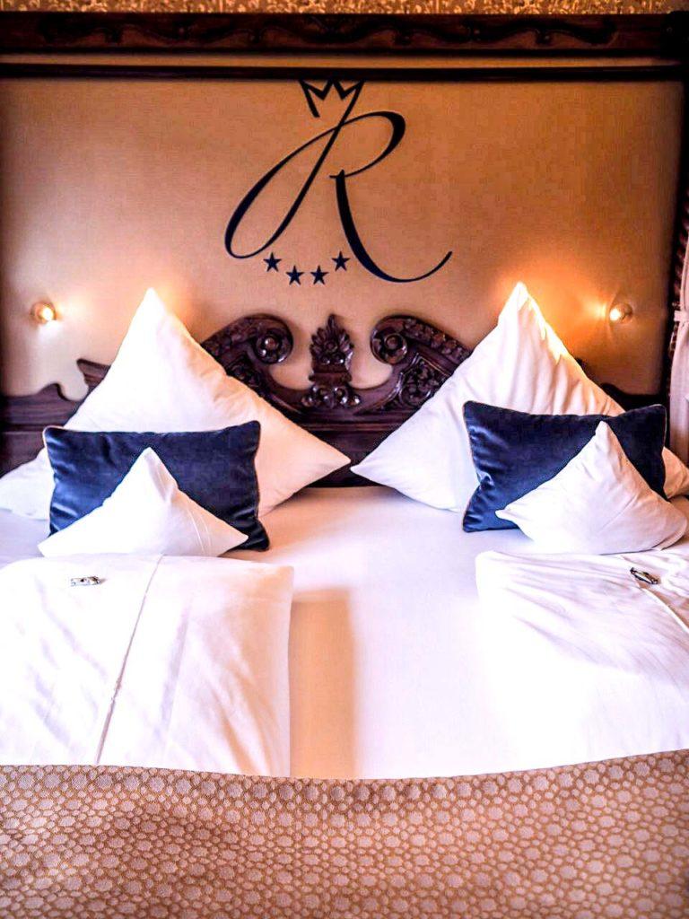 Das königliche Bett im Hotel Rüberzahl