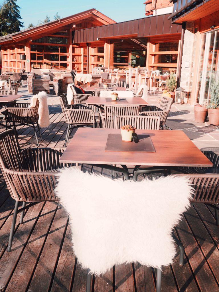 Gemütliche-Atmosphäre-im-Hotel-Cyprianer-Hof
