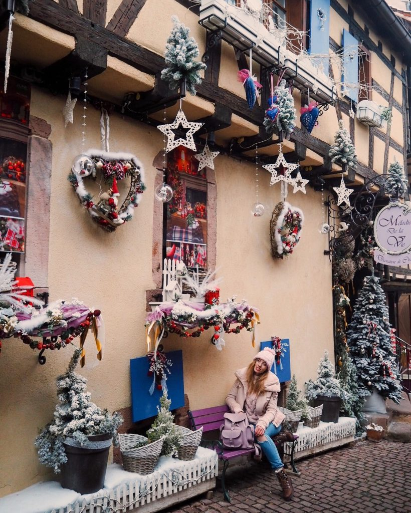 Christmas-Decoration-in-Riquewihr
