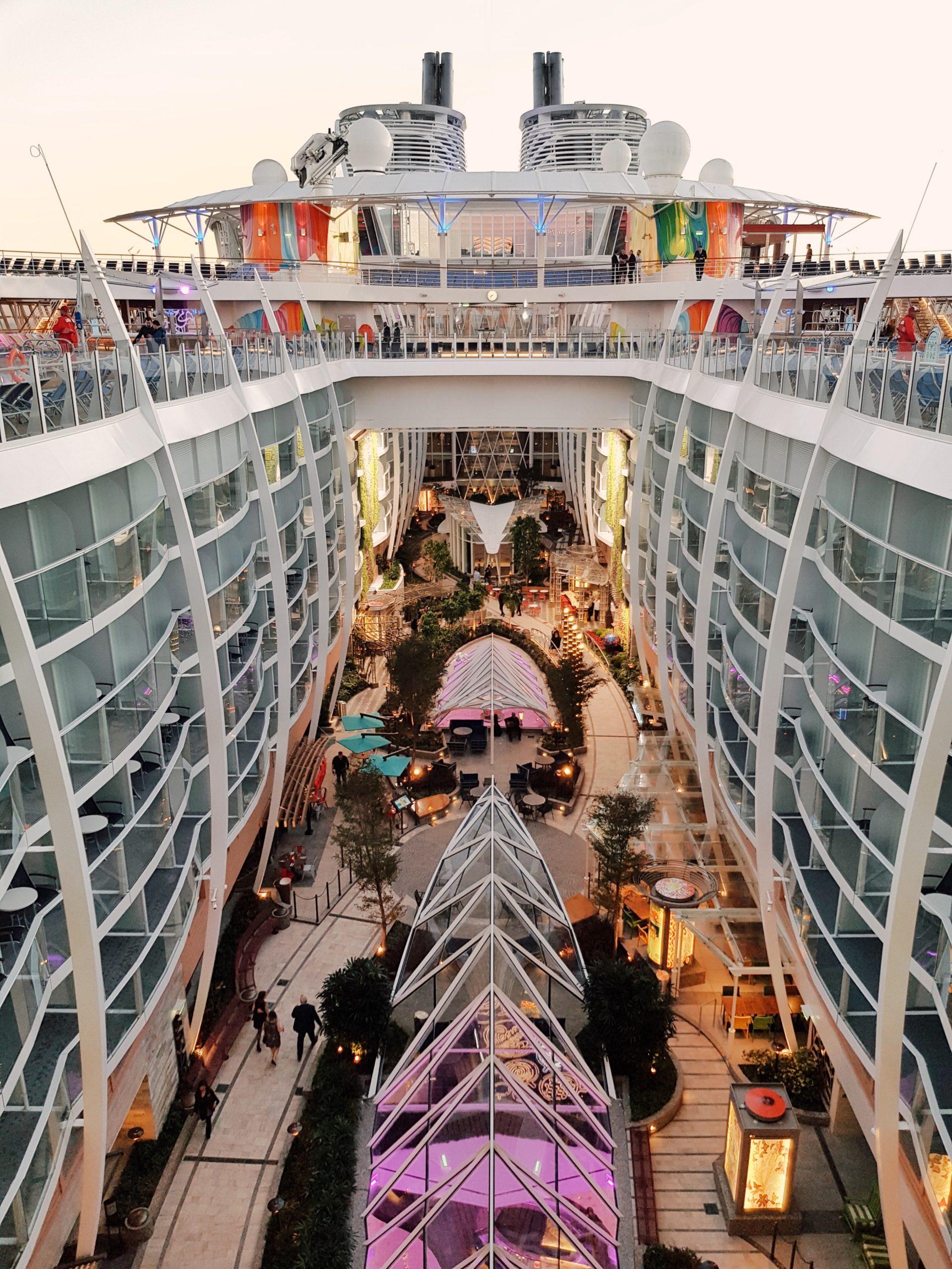 Symphony Of The Seas Meine Erfahrung Auf Dem Größten Schiff Der Welt