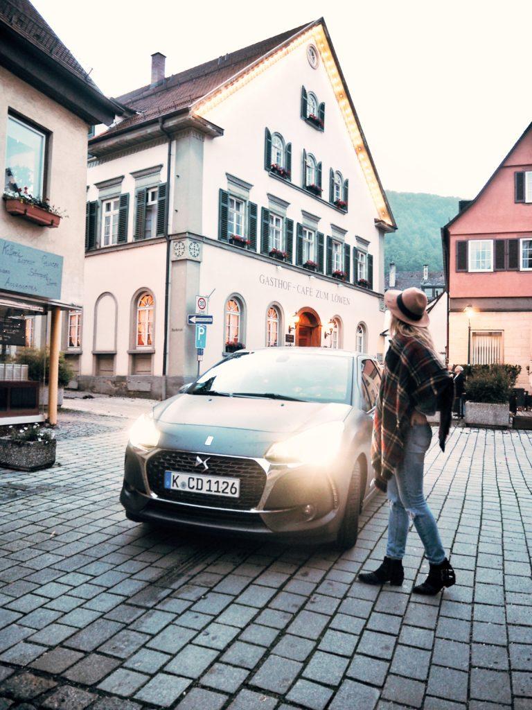 Unterwegs-mit-DS-Auto